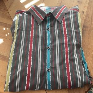 Robert Graham flip cuff button from shirt